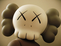 KAWS Companion-5 Years Later Brown (Drew from the Slope) Tags: macro toy toys kaws urbanvinyl