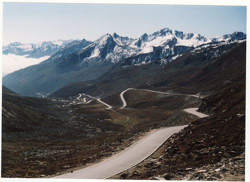 Zheduo Pass, between Kangding and Xinduqiao