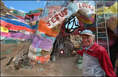 Leonard and his Salvation Mountain (shadowplay) Tags: god jesus loves redemption salvationmountain slabcity leonardknight