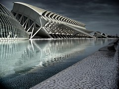 CAC Valencia (Manel) Tags: valencia lago agua searchthebest cielo calatrava reflejo cac reflexions azulejos address:country=spain  address:city=valencia osm:way=23433775