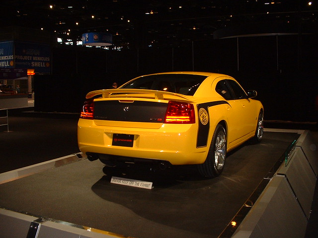 auto show chicago super 2006 bee dodge charger naias