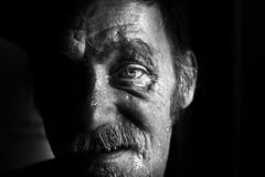 The dark side (Tous les noms sont dj pris... pfff...) Tags: light portrait eye closeup dark thestreet