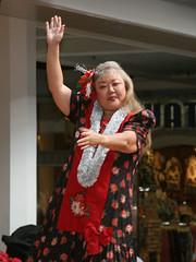 am christmas entertainment 7 (Watari Goro 渡五郎) Tags: alamoana christmas centerstage entertainment hula