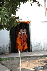 (nir kristal) Tags: seasia photographer d70s monk laos novice laungprabang