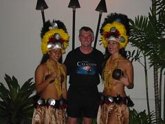DG+Hawaiian girls WB1205_0174 (dgmedg) Tags: waikikibeach wb2005 honoluludec2005jan2006