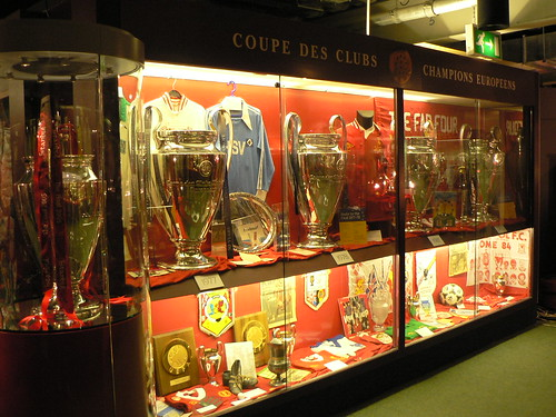 Look Very Good In The Anfield Trophy Room But Something Else Sure Does You See Small One On End Thats Real That They Got To Keep