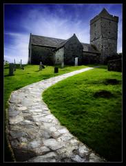 St. Clement (Iguana Jo) Tags: scotland scozia hebrides harris stclement cielo nuvole sky clouds tower church campanile torre chiesa green verde blue blu azzurro medieval medievale ding