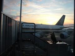 Singapore Airlines @ Satellite 3, CDG Terminal 1 ((^_~) [MARK'N MARKUS] (~_^)) Tags: paris france airport boeing sq 200v 747 b747 747400 day12 cdg  singaporeairlines  b747400