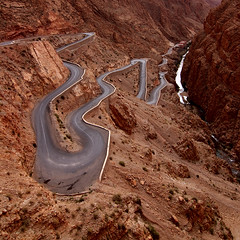 - morocco tokina road at-x gorge dades