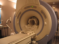 fMRI - Functional magnetic resonance imaging s...