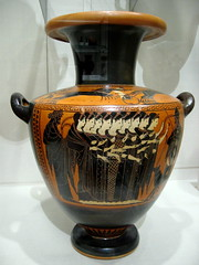 greece - dionysius and maids of athens (Xuan Che) Tags: 2005 park travel winter newyork history museum greek december centralpark manhattan athens vase pottery gods classical canonixus400 themet dionysus
