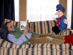 Reading with Postman Pat (Graniers) Tags: postmanpat postman male me moi tag1 tag2 tag3 taggedout post reading