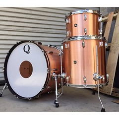 "Not all copper drum sets need to have a patina finish. The brushed copper sets are still one of our all time favorites. 22"", 13"", 16"". #qdrumco #copper #drums #class"
