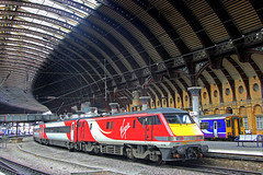 Virgin under the Roof (96tommy) Tags: york uk england station train photography coast photo driving britain united great transport railway kingdom class east transportation gb trailer van 91 mkiv dvt mk4 91108