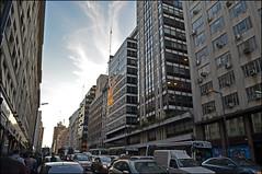 Microcentro 2 (Totugj) Tags: argentina de buenosaires nikon ciudad 1855mm nikkor calles urbanismo urbanscape escenas paisajeurbano microcentro avenidas porteas d5100
