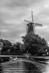 HOTI102014-549R-BYN_FLK (Valentin Andres) Tags: bw blackwhite blancoynegro byn holanda holland leiden river thenetherlands blackandwhite city clouds color colour landscape molino windmill wow