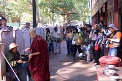 30099744 (wolfgangkaehler) Tags: 2017 asia asian southeastasia myanmar burma burmese mandalay mahagandayonmonastery mahagandayonmonastary people person monks buddhist buddhistmonasteries buddhistmonastery buddhistmonk buddhistmonks almsceremony almsbowls meal sharing chinese tourist tourists photographing photography photographer