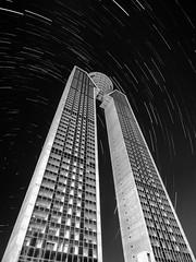 In Tempo B&N (joaquinain) Tags: alicante benidorm in tempo arquitectura startrail bn bw largaexposición longexposures architecture olympus omd em1 voigtlander