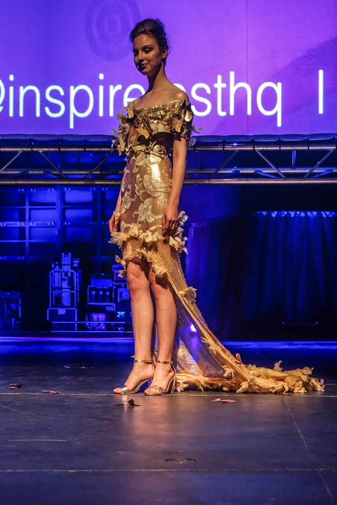 MARTINA LAWLOR PRESENTS THE INTERACTIVE BUTTERFLY DRESS [INSPIREFEST 2015]REF-105714