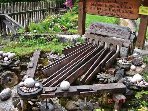 Untersberger Marmorkugelmühle an der Almbachklamm