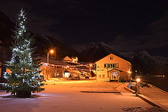 A Merry Christmas to all of you. (storeknut) Tags: is road from your previous photos a nice shot
