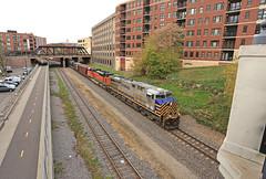 CREX 1215 (GLC 392) Tags: crex 1215 bnsf railroad railway train ge es44ac emd sd70ace 8519 minneapolis mn minnesota twin cities cloudy clouds down town
