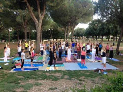 Yoga Gratuito Per Tutta L'Estate A Villa Pamphili Presso Vivi Bistrot