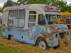 No ice ceam either!! (foto.pro) Tags: old ice broken wagon cream van wreck