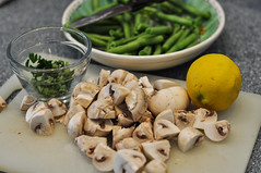 Healthy Gourmet (Lake Effect) Tags: mushroom lemon flickr greenbeans parsley msh0615 msh06156