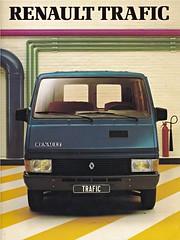 Renault Trafic brochure 1983 (sjoerd.wijsman) Tags: auto cars car voiture renault vehicle 1983 brochure fahrzeug trafic folleto prospekt carbrochure renaulttrafic opuscolo brochura broschyr autobrochure