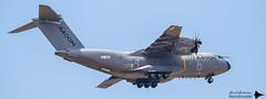 Airbus - A400M Atlas (Guibs photos) Tags: paris airplane airport aircraft aviation military airshow airbus militaire avion aéroport lebourget a400m eos7d canonef100400mmf4556lisiiusm
