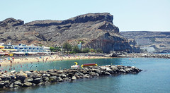(Mateusz Mathi) Tags: summer beach water de puerto spain sand rocks mini lg gran g2 canaria mogan mateusz 2015 mogn lato plaa mathi hiszpania wyspy kanaryjskie