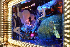 I'd like to be under the sea (Eddie C3) Tags: newyorkcity manhattan holidaywindows christmas bloomingdales windows storewindows display lexingtonave christmas2016