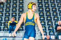 IMG_0082 (vplgrin) Tags: wrestle wrestling college bulge vpl