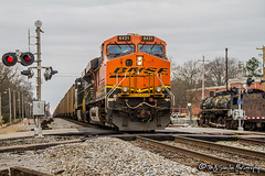 BNSF 6431   GE ES44AC   NS Memphis District (M.J. Scanlon) Tags: rail railroad railroads railway train track engine locomotive power horsepower scanlon canon eos digital memphis tennessee freight transportation merchandise commerce business wow haul outdoor outdoors move mover moving norfolksouthern ns bnsf 7d horse horsehead west end memphisdistrictwestend gray cloudy morning february 2017 mainline collierville bnsf6431 ge es44ac