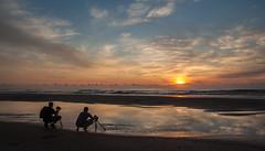 A photogenic Sunrise. (Un Amanecer fotognico) (Samuel Santiago) Tags: reflection digital sunrise florida photographers staugustine anastasiastatepark canonef1740mmf4l photoouting canon5dmkii carloscintron lightroom5 orlandopenaloza