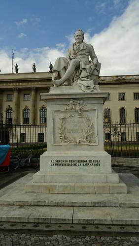 Berlin, Alexander Humboldt Statue [20.06.2015]