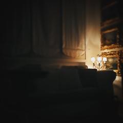 Velluto (Maieutica) Tags: light night casa alone livingroom sensuality notte luce sera solitudine salotto sensuale accogliente