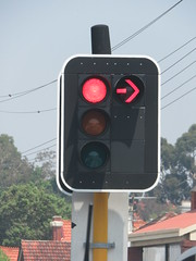 2016 Perth Tour - Braums LED Traffic Lights with single red arrow (RS 1990) Tags: perthtour westernaustralia wa australia perth november 2016 braums led trafficlights signals