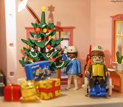 Playmobil navideño (MaryPazSL) Tags: playmobil navidad flickr 50mm merrychristmas
