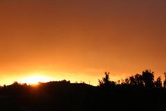 Sonnenaufgang über Oberschwappach (Klaus R. aus O.) Tags: sun silhouette sunrise vineyard awake tomorrow sonne sonnenaufgang morgen weinberg wach steigerwald schattenbild oberschwappach knetzgau