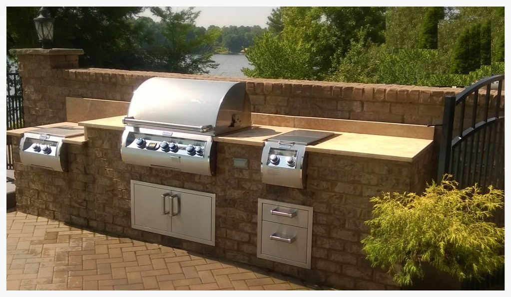 Custom Fire Magic Outdoor Kitchen, Harrison, TN.