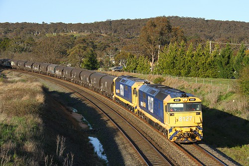 9789. 8127,8130 on 2333N at Goulburn North 2-10-16