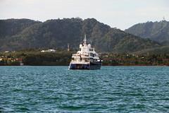 IMG_7688oa (www.linvoyage.com) Tags: регата королевскаярегата таиланд тайланд пхукет яхта яхтинг экскурсиинапаруснойяхте море океан гонки regatta суперяхта военныйкатер kingscupregatta2016 kingscupregatta tailand phuket yacht yachting superyacht sea
