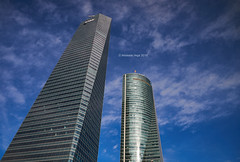 Glass Towers (I) (Modesto Vega) Tags: architect architecture arquitecto arquitectura cbta cuatrotorresbusinessarea césarpelli d600 fullframe madrid nikon nikond600 peicobbfreed rascacielos skyscraper spacetower torreespacio torredecristal towerofglass
