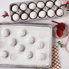 Cookies in Egg Carton (Heath & the B.L.T. boys) Tags: christmas dessert cookies eggcarton