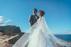 [prewedding] with ocean (pooldodo) Tags: wedding prewedding ocean taotzuchang pooldodo veil bride groom 破渡 婚紗