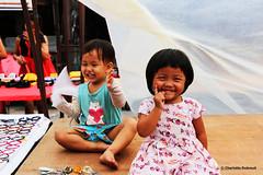 Childish smile (charlotte.dubreuil) Tags: thailand thailande child lamai kohsamui samui enfant smile boy girl childish holidays canon canonphotography eos6d bangkok street