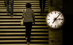 No stars but stripes! (Mostly Tim) Tags: berlin station yellow stairs kreuzberg subway metro bahnhof stairway treppe amarillo gelb ubahn escalones parada treppen gelbschwarz