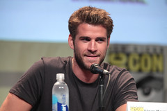 Liam Hemsworth (Gage Skidmore) Tags: california 2 francis lawrence san comic jennifer diego games center josh part liam willow hunger obrien convention nina con shields conan jacobson 2015 hutcherson hemsworth mockingjay